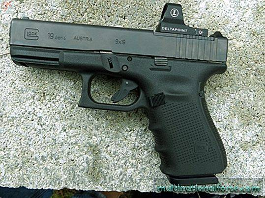 Striker-Fire 9mm: Glock G19 MOS Review